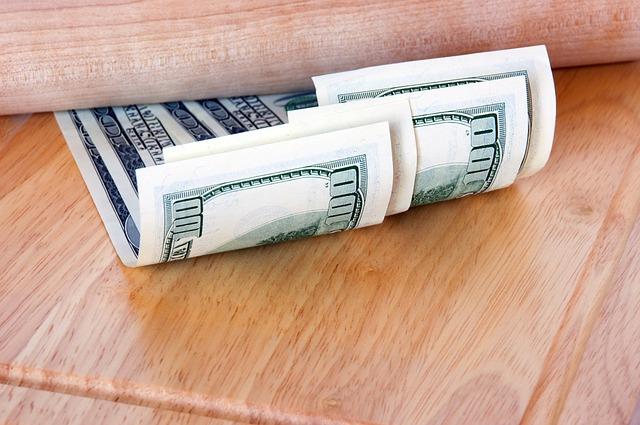 Domácí skrýše, které spolehlivě ochrání vaše úspory před zloději