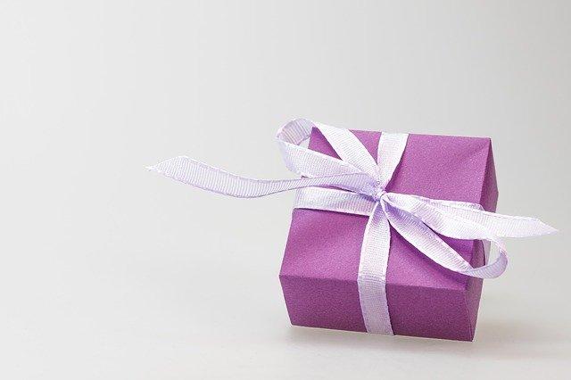 Jaké dárky, kupují muži ženám nejčastěji