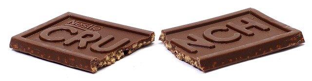 rozlomená čokoláda.jpg