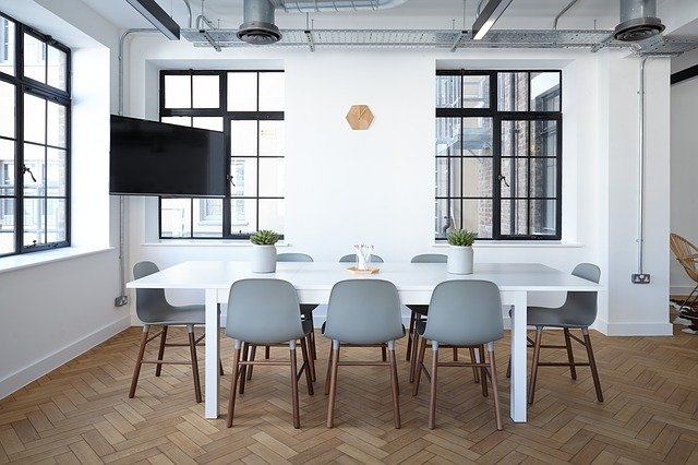 Pohodlné, nynější a dlouhověké židle