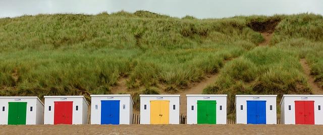 kabiny na pobřeží